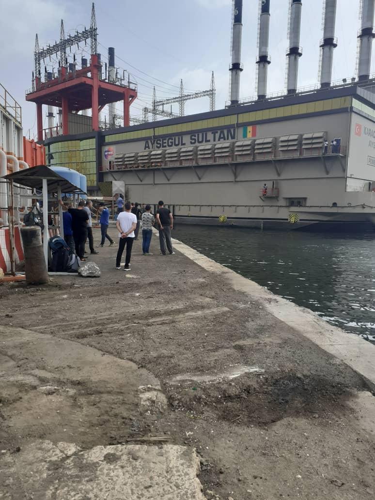 "Alerte danger !  Karpowership ""gaze"" nos eaux depuis 10 mois (Opinion)"
