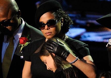 Janet Jackson a-t-elle retardé l'enterrement de son frère ?