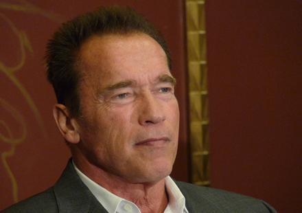 Arnold Schwarzenegger ne vote pas pour Mitt Romney