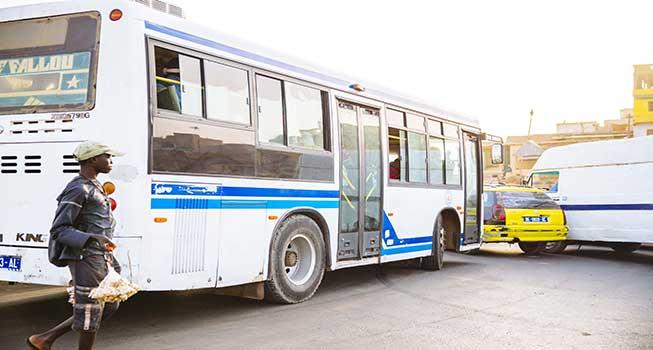 Les prix des transports dans les bus et minibus AFTU vont augmenter à partir mardi