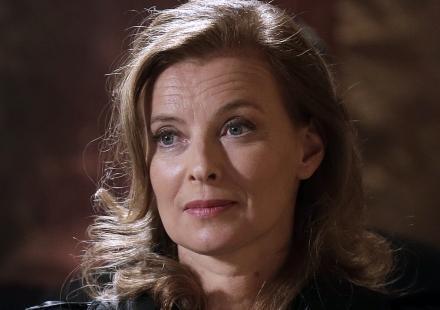 Valérie Trierweiler : pas de livre sur sa vie à l'Elysée, pas de télé, que de l'humanitaire