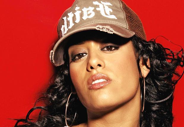 Amel Bent : Un clip low cost mais enivrant pour son nouveau single Ma chance