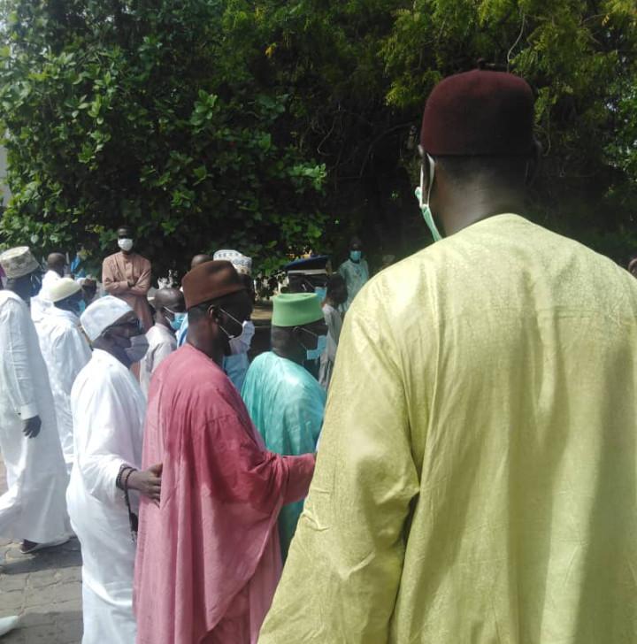 Levée du corps de Mansour Kama: Serigne Mbaye Sy momentanément bloqué à l'entrée à cause de son masque