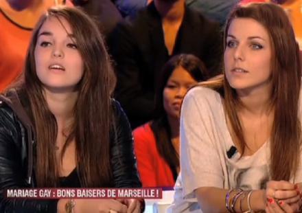 Le baiser lesbien de Marseille : les deux jeunes filles racontent