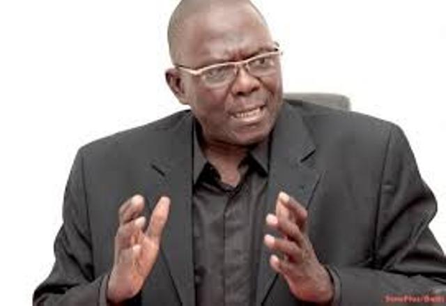 Coronavirus : Moustapha Diakhaté plaide pour la criminalisation du refus du port de masque