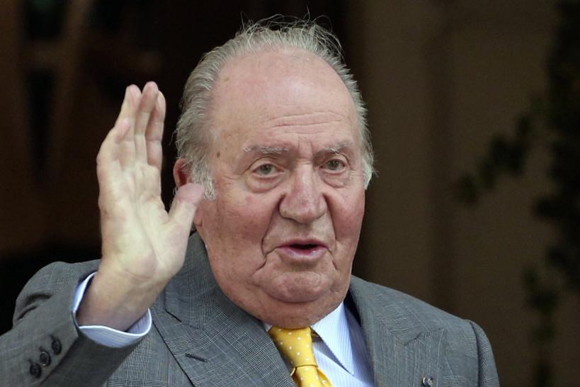 Espagne: soupçonné de corruption, l'ex-roi Juan Carlos s'exile