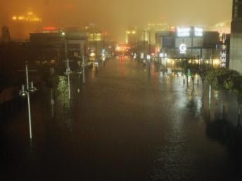 Atlantic City les pieds dans l'eau alors que l'ouragan Sandy balaie la côte Est des Etats-Unis