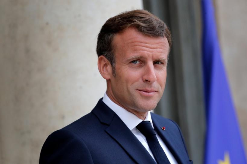 Emmanuel Macron tweete en langue arabe pour exprimer sa solidarité au peuple libanais
