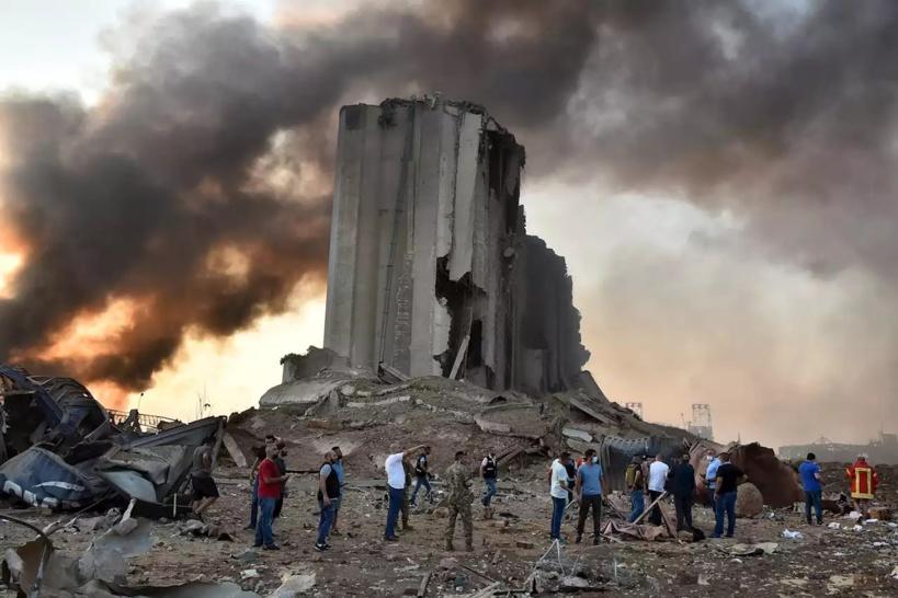 Beyrouth: Au moins 100 morts et près de 4.000 blessés dans les explosions, jour de deuil national mercredi