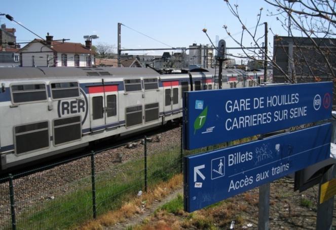 Havre - France : Une maman accouche dans le train « RER A »