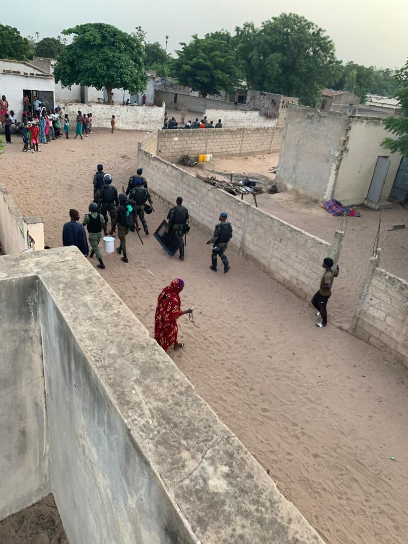 Tobène en État de siège: 5 personnes arrêtées, les forces de l'ordre encerclent le village pour permettre au géomètre du ministre Aly Ngouille Ndiaye de délimiter leurs champs