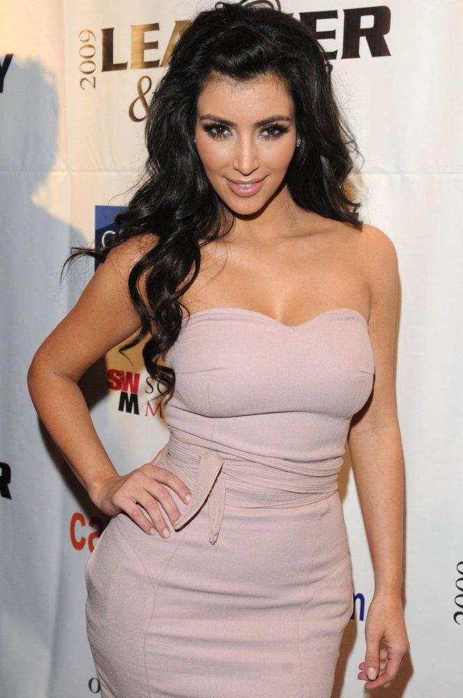 Kim Kardashian : Ambassadrice des formes voluptueuses !