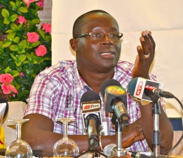 Tension Etat/ Fédération de football : Abdoul MBAYE accuse Me  Augustin SENGHOR