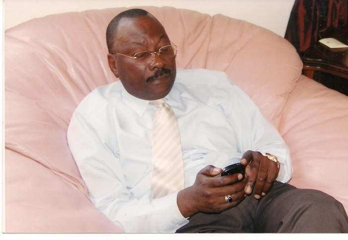 Mamour Cissé demande à Abdoul MBAYE d'aller se blanchir puis revenir