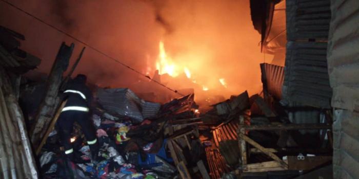 Incendie au marché central de Kaolack: plus de 80 cantines parties en fumée