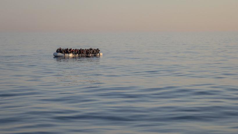 Migration : Plus de 1000 migrants abandonnés en pleine mer par les autorités grecques