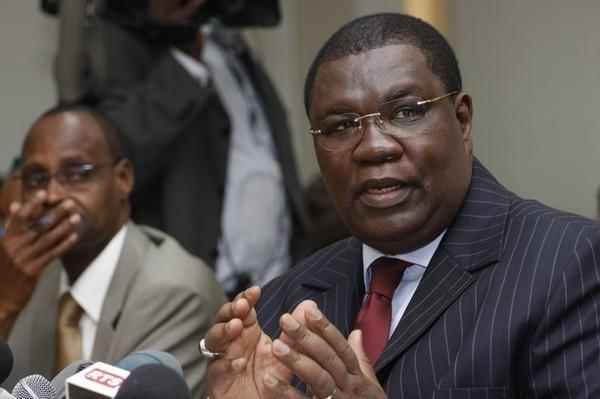 AUDIO – Me Ousmane Ngom sur le retour de son mentor : « … Les grands bandits financiers sont Macky Sall et Abdoul Mbaye »