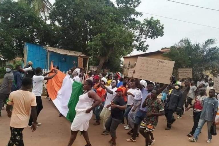 Marche contre le 3è mandat de Ouattara: Plus d'une dizaine de femmes de l'opposition arrêtées par la police