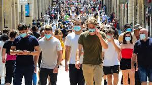 Covid-19 : le virus circulant en France a-t-il muté ?