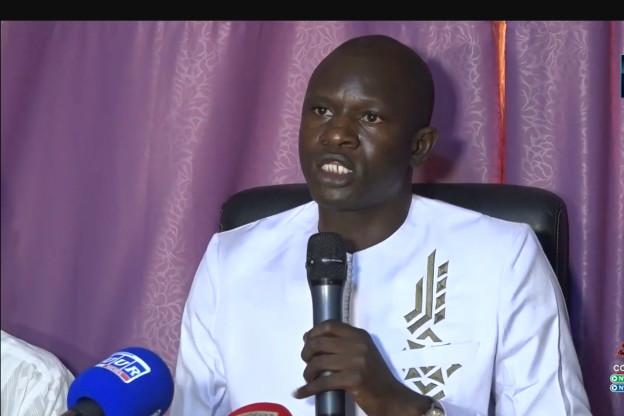 """Dr Babacar Diop averti Macky Sall: """"il n y aura pas de coup d'État, mais une révolution populaire"""", en cas de 3e mandat"""