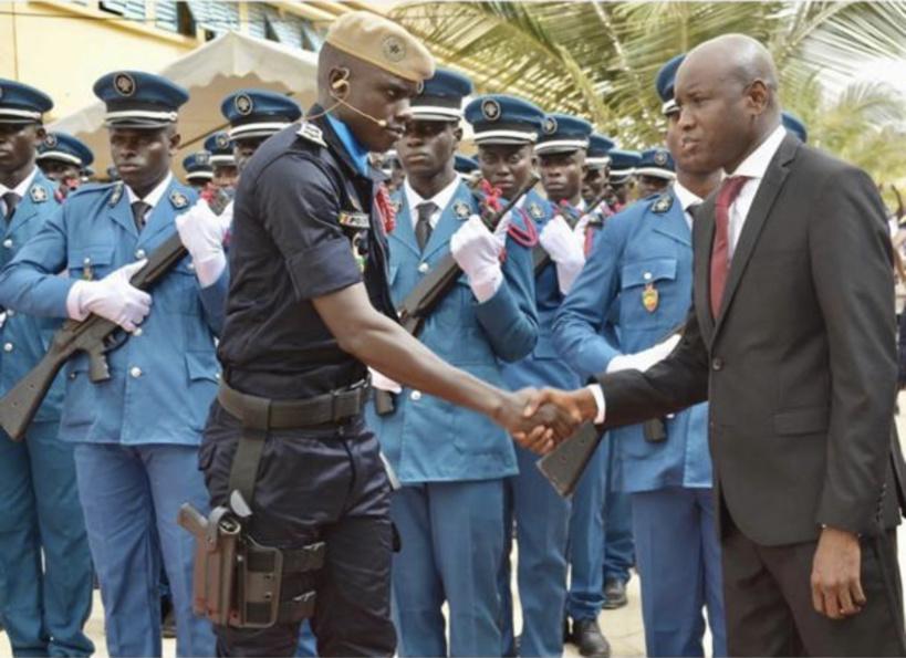 Grogne au sein de la police: Aly Ngouille Ndiaye et les hautes autorités désamorcent la bombe