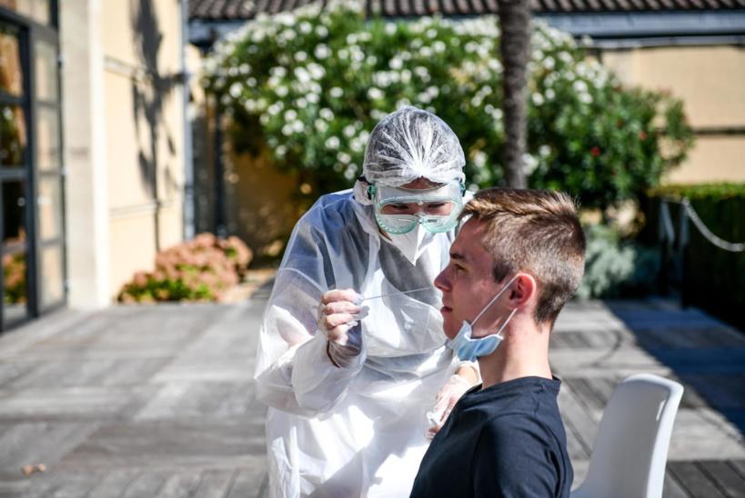 7300 nouveaux cas en 24 heures : la seconde vague de Coronavirus commence à gagner la France