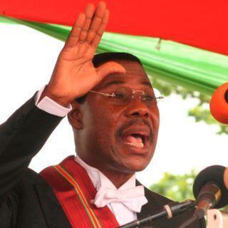 Bénin: Boni Yayi répond à ses détracteurs