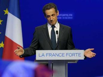 France: l'ex-président Sarkozy convoqué par la justice pour des sondages commandés entre 2007 et 2012