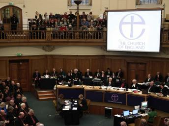 Royaume-Uni: l'Eglise d'Angleterre ne veut pas de femme évêque