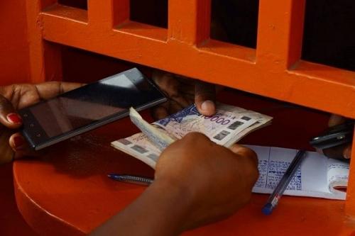 Transferts d'argent sur 6 mois: 627,6 milliards reçus par les établissements sénégalais de crédit