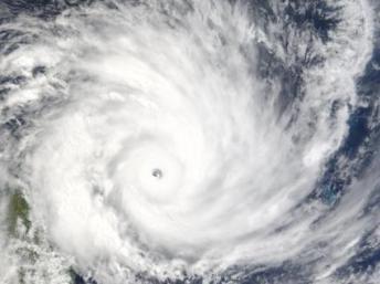 Vue satellite d'un cyclone s'approchant de Madagascar.