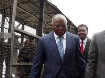 Le ministre de l'Intérieur congolais Raymond Mboulou a promis une enquête.