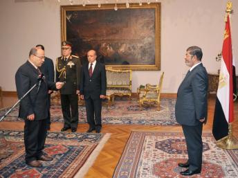 Le 22 novembre, le président égyptien Mohamed Morsi a recu le nouveau procureur général, après avoir limogé son prédécesseur.