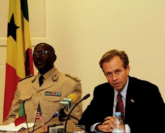 Implication des Etats-Unis dans l'enquête sur les biens mal acquis : l'ambassadeur Lewis Lukens confirme