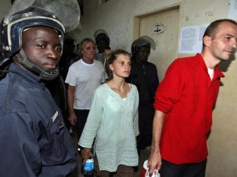 France : l'Arche de Zoé en procès, cinq ans après
