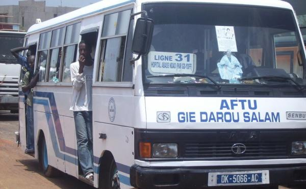 Transport en commun: les passagers debout à nouveau autorisés par le Gouvernement