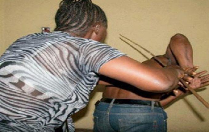 Ndéye Sokhna Seck tabassée pour avoir fouillé le téléphone de son mari