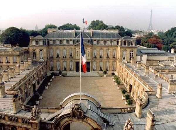 France: l'Elysée promet des économies de gestion en 2013