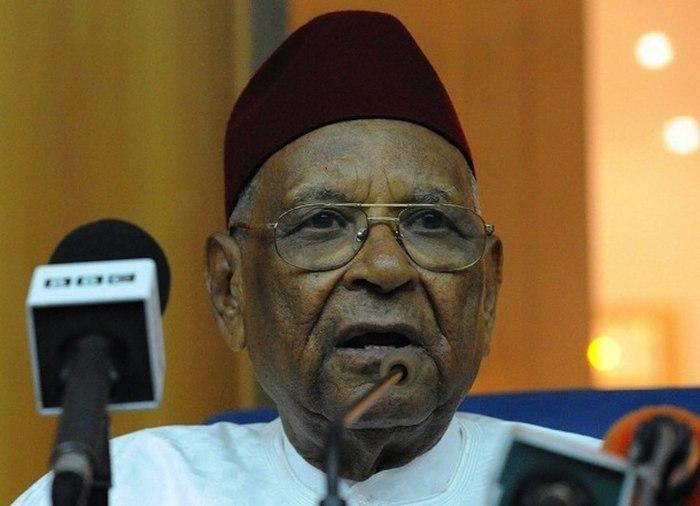 Traque des biens mal acquis : Les encouragements d'Amadou Makhtar Mbow