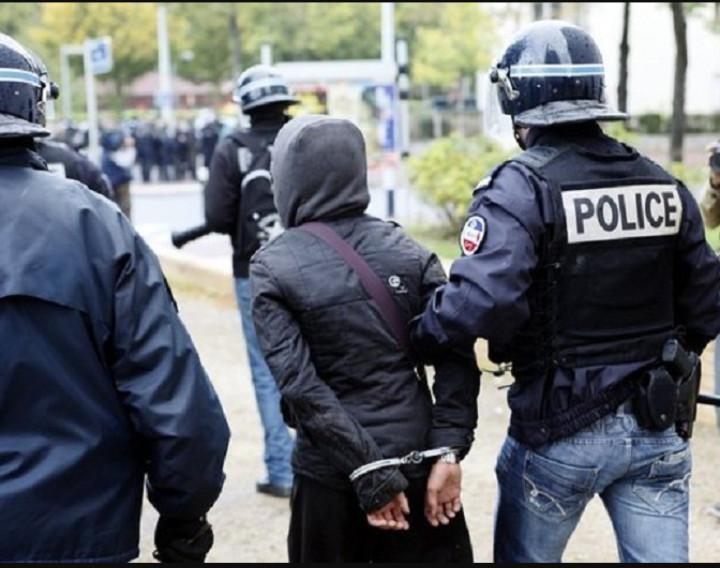 Touba: un homme arrêté à la résidence du Khalife général des Mourides avec une arme automatique