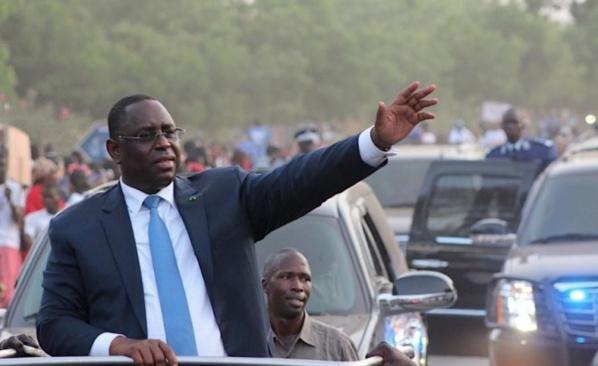 Violations mesures barrières par Macky et ses hommes: des analystes politiques déplorent le mauvais comportement du pouvoir