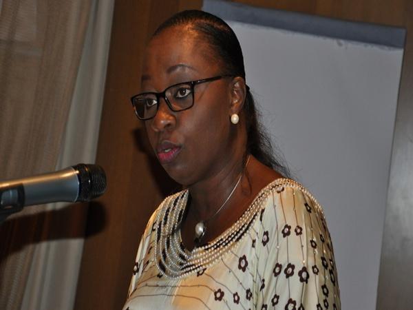 """Dr Safietou Thiam du CNLS prévient à propos de la Prep:  """"Nous ne voulons pas que les gens arrêtent de porter des préservatifs"""""""