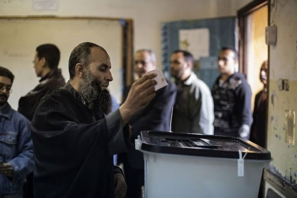 Egypte : seconde phase d'un référendum constitutionnel controversé
