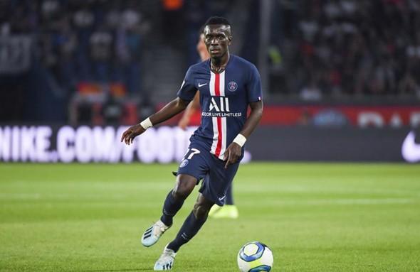 PSG: Idrissa Gana Gueye absent plusieurs semaines après avoir été touché aux Ischios