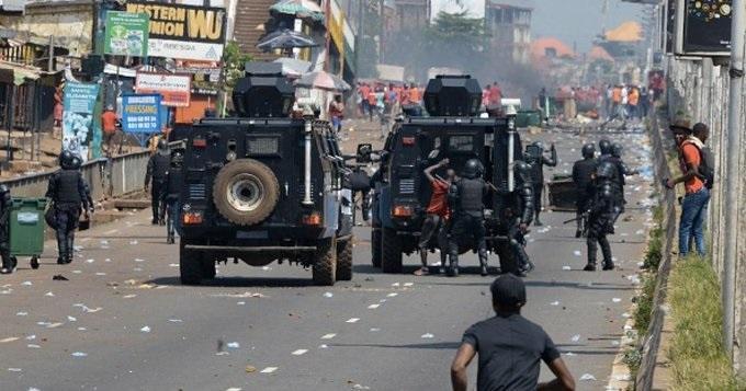 #Guinée - Internet coupé à Conakry a quelques heures de la proclamation des résultats provisoires, l'Armée déployée