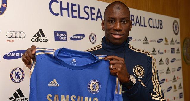 Demba Ba s'engage officiellement à Chelsea: Il a le numéro 29
