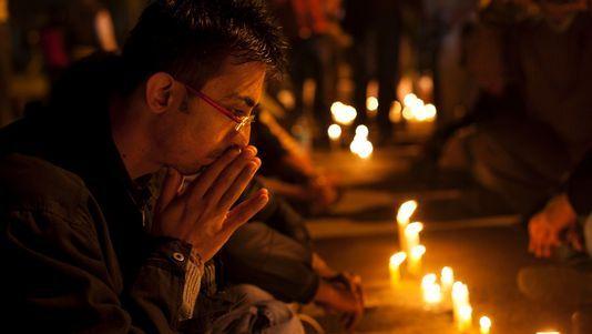 Viol en Inde: le petit ami de la victime livre un témoignage accablant