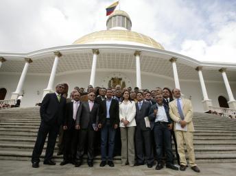 Venezuela: l'Assemblée nationale élit son président dans un contexte tourmenté