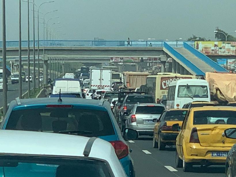 Autoroute de L'Avenir: un accident à hauteur de Thiaroye ralentit le trafic sur l'axe Pikine-Keur Massar