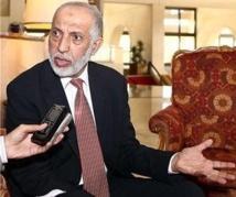 Algérie : huit ministres issus du FLN réclament le départ du chef de leur parti